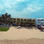 Vista de la playa hacia el hotel